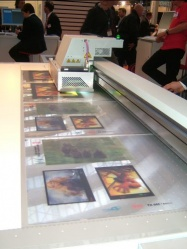 printing the lenticular images on the 40LPI Lenstar sheet © Copyright DPL formerly LPC Europe