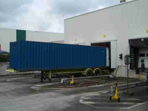 container from Pacur with Lenstar lenticular sheets